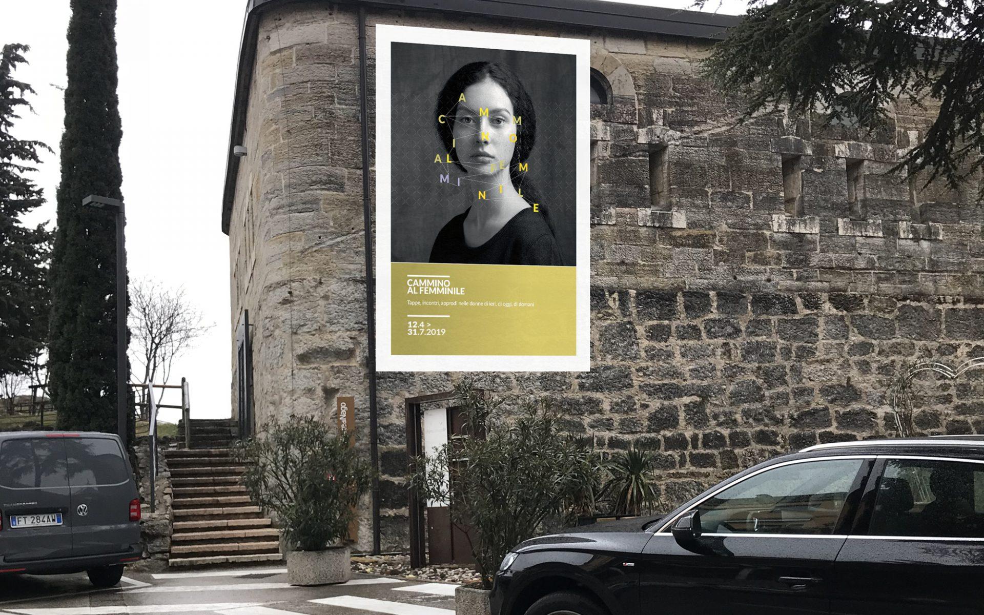 stendardo segnaletico progettato dallo studio di comunicazione Diadestudio per la mostra di arte al femminile Ars Foemina