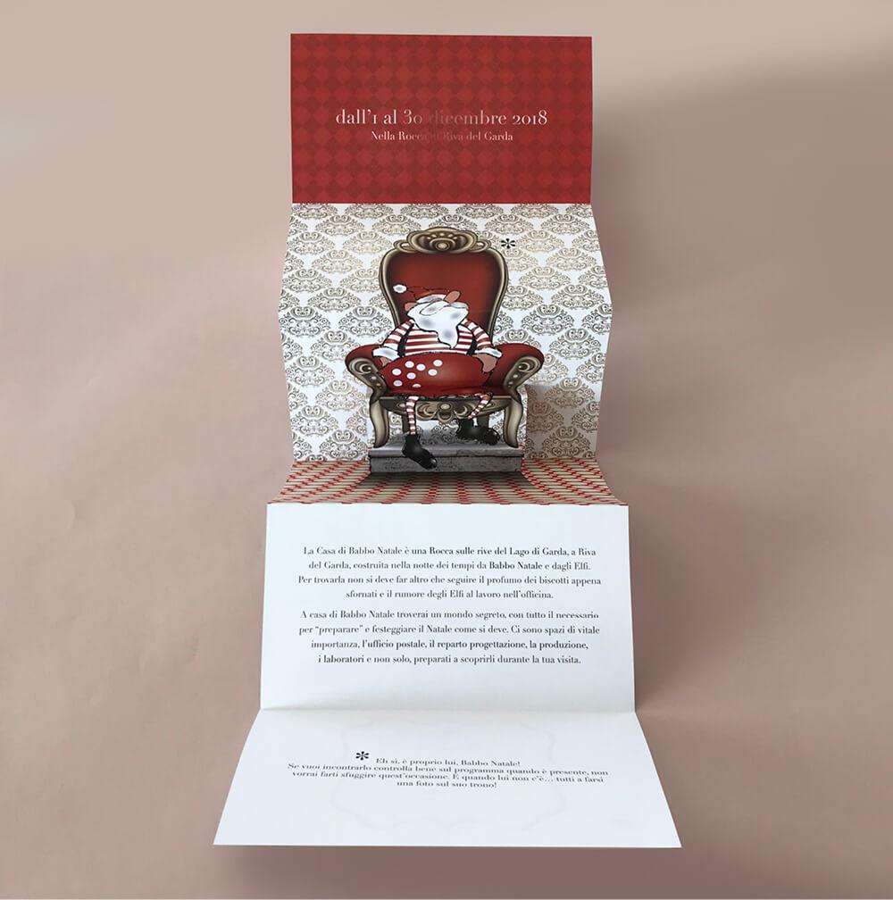 divertente pop-up progettato per Casa Babbo Natale Riva, dallo studio grafico diade arco trento, con le illustrazioni di Laura Marcolini
