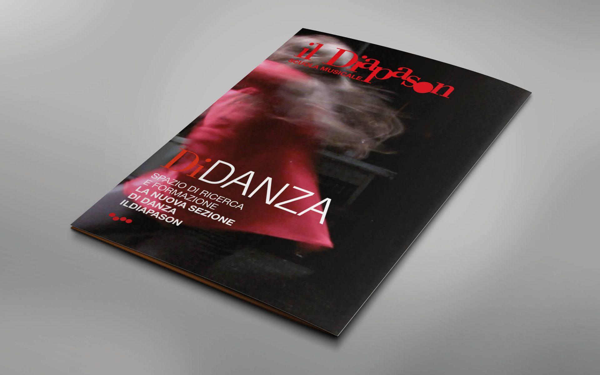 depliant promozionale corsi di danza scuola musicale diapason trento, creato dalla agenzia di comunicazione Diade Studio arco di Trento
