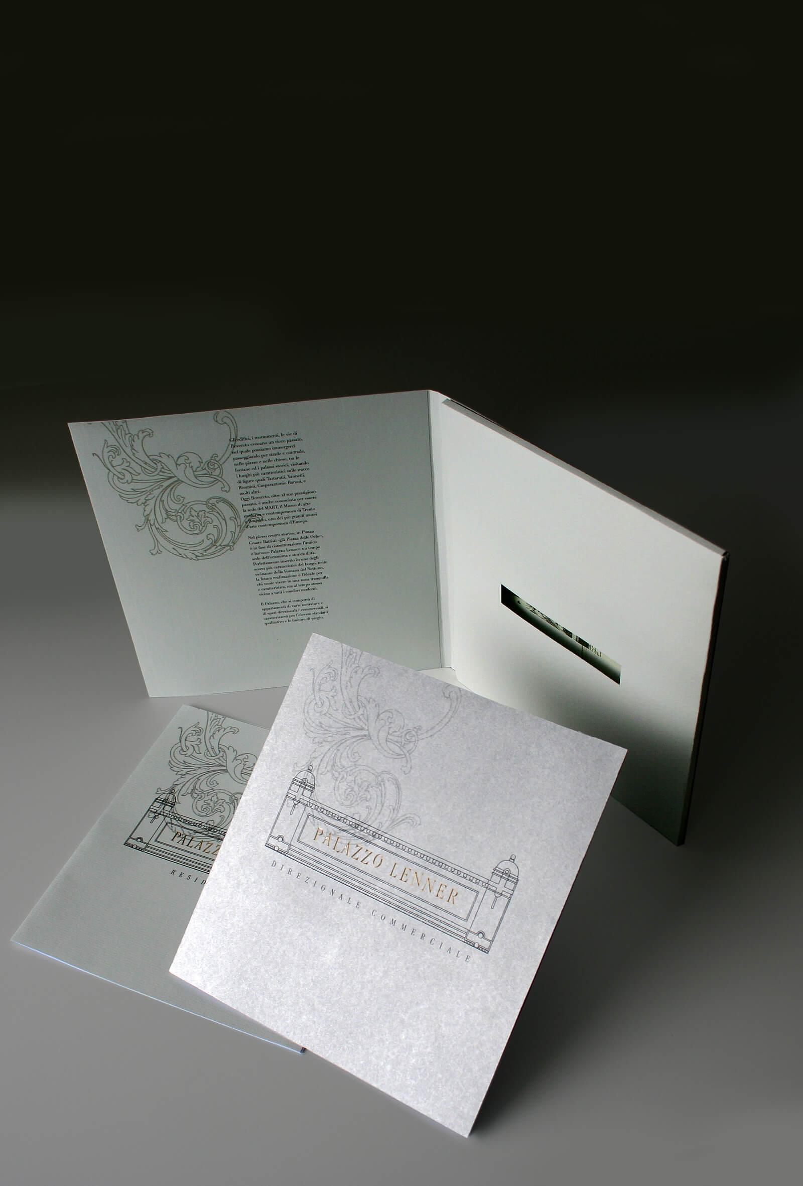 dettaglio della copertina stampa in argento per brochure bella e raffinata, progetto studio grafico diade design trento