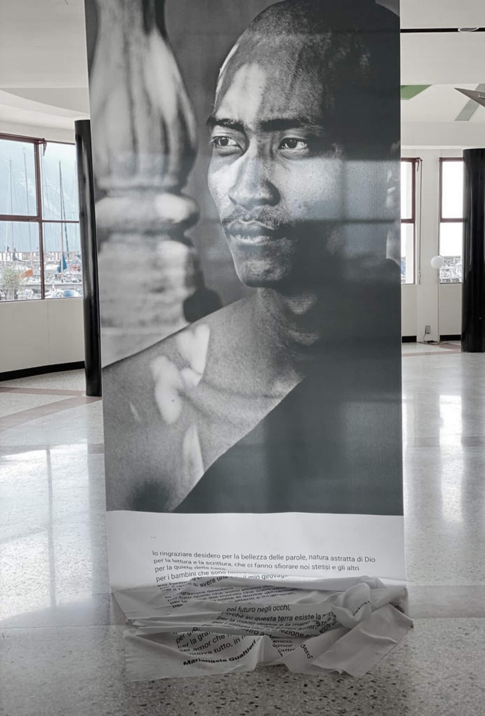 design per allestimento mostra d'arte -Mirror- progetto studio diade trento, immagini di Francesca Lorenzi