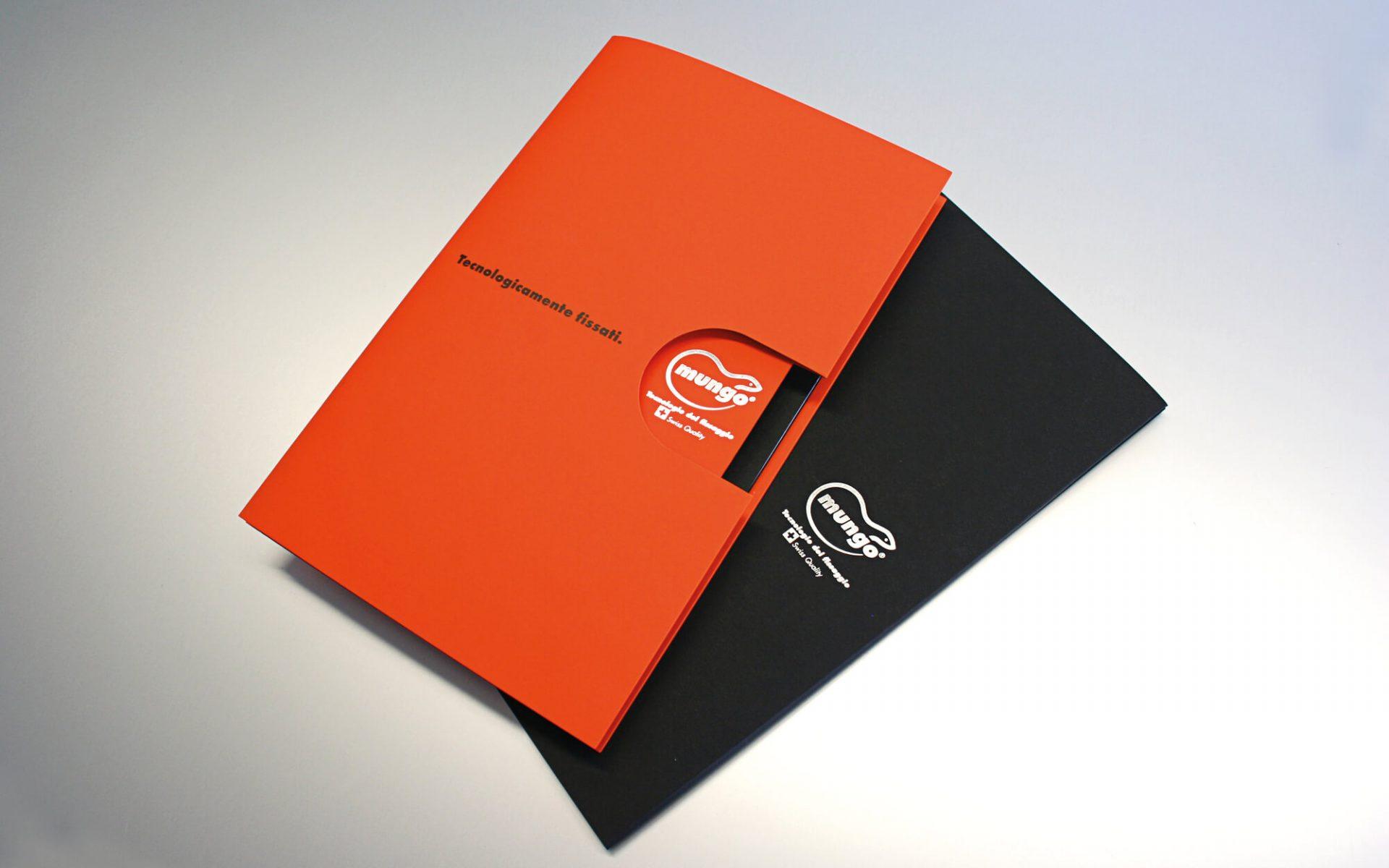 cover e custodia fustellata per depliant mungo italia creato dalla agenzia di comunicazione diadestudio arco di trento