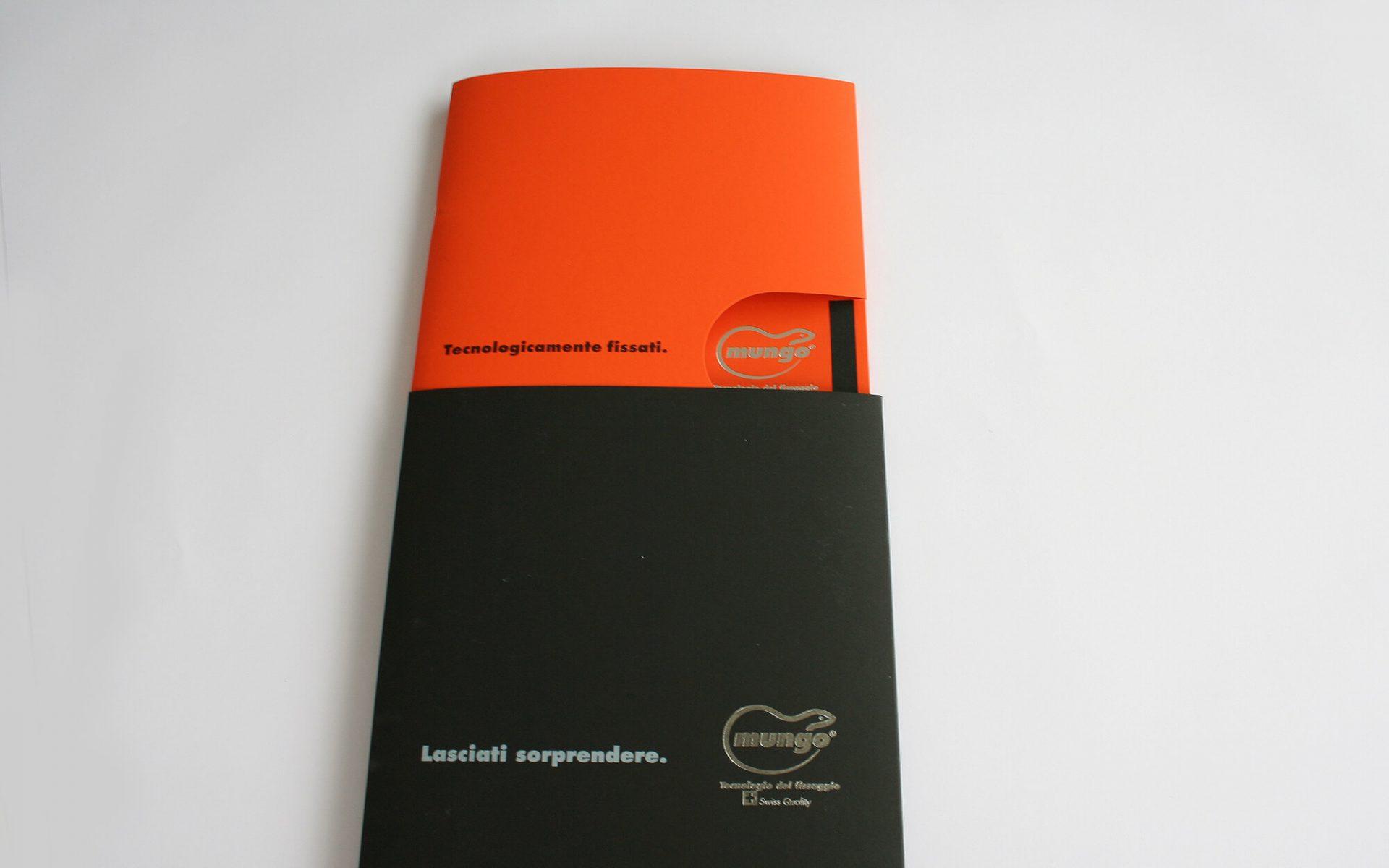 copertina e custodia fustellata brochure mungo italia, progetto agenzia di comunicazione diadestudio arco di trento