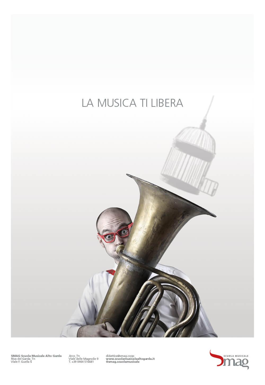 annuncio pubblicitario per inaugurazione sede scuola musicale riva, progetto advertising diade studio arco di trento