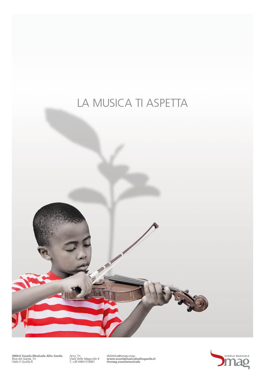 serie di annunci stampa creati per la campagna di inaugurazione della scuola musicale alto garda, progetto annunci della agenzia di pubblicità diade studio arco di trento
